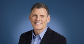 United Airlines Names John Slater Senior Vice President of Inflight Services
