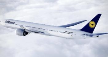 a Lufthansa boeing 777x in flight