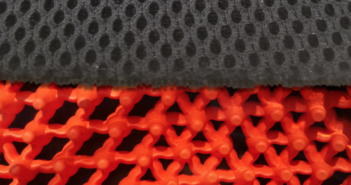 a honeycomb seat cushion structure